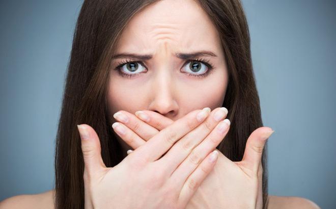 Đắng miệng, hôi miệng là dấu hiệu chứng tỏ bạn đang bị gan