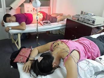 Chữa đau vai gáy bằng phương pháp châm cứu