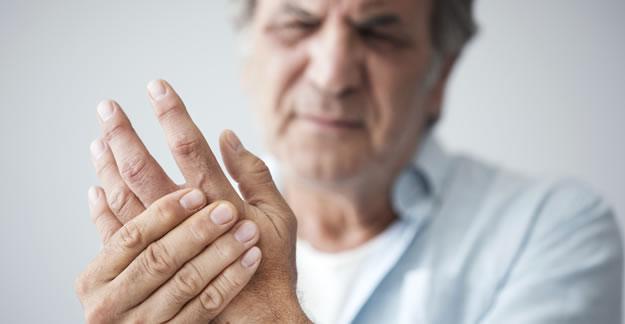 Viêm khớp cổ tay là căn bệnh cực kì nguy hiểm